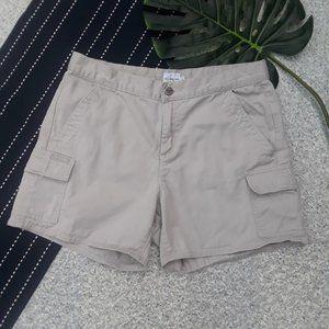 {Calvin Klein} Khaki Cargo Shorts Tan Pockets 8